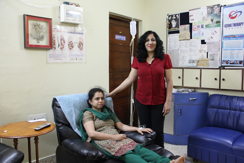 ND Faridaa Khan with one of her patient, in Bangalore, India