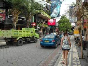 Jl Legian Street - Kuta - probably the most jammed steet in the whole of Bali. Not a place for holistic healing.