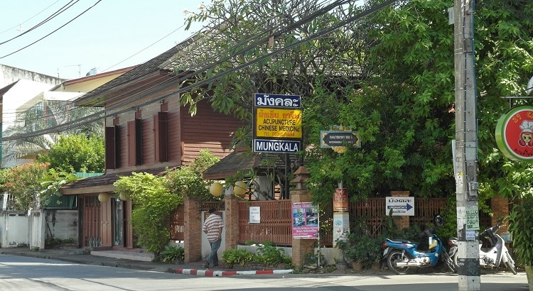 Mungkala acupuncture clinic outside, Chiang Mai, Thailand. Learn acupuncture in Chiang Mai.