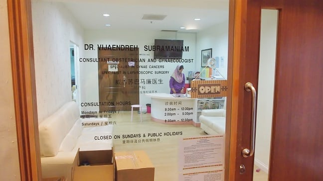 Dr. Vijaen's office at Mahkota Medical Centre