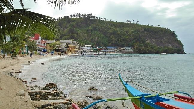 La Laguna beach - Puerto Galera, Philippines